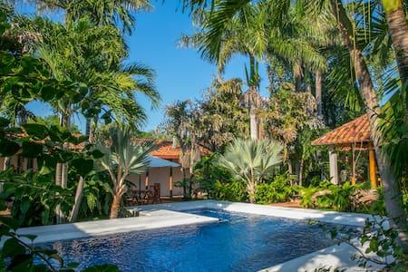 Amazing Private Villa in Ambalema!