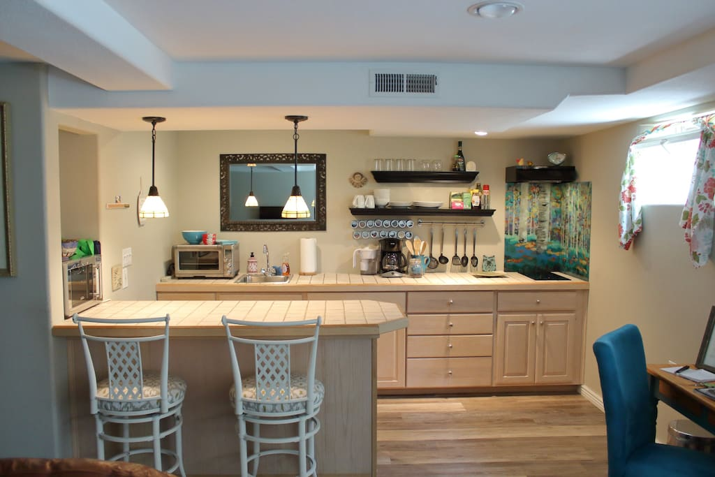 Whip up a meal in the fully appointed Euro style kitchen or explore the great dining options nearby!