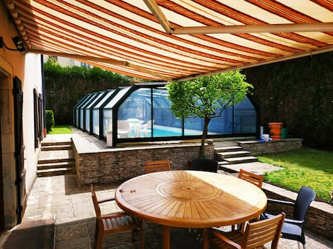 Grand appartement 135m2 piscine chauffée spa