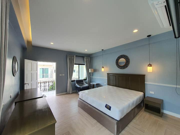 Deluxe room type with hot tube