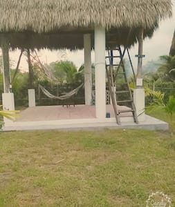 SURF HOUSE BUNGALOW, BEACH FRONT, PERFECT WAVES - El Paredon - Квартира