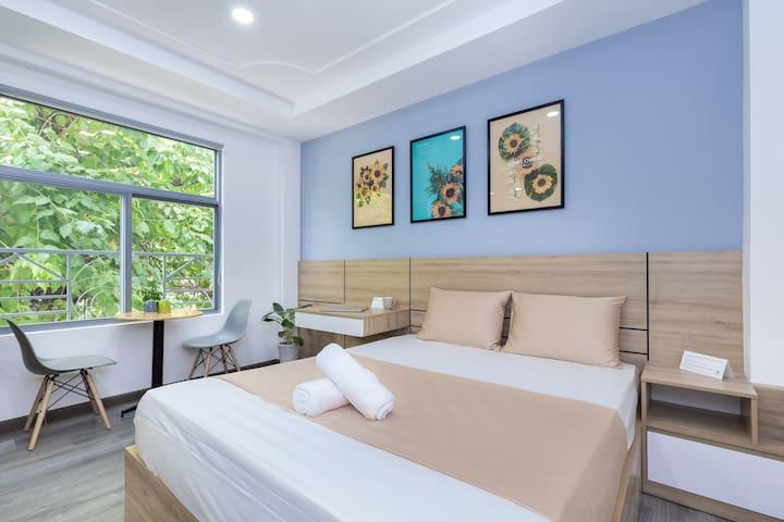 Cozrum Homes - 1BR ♧ Spacious View ♧ Living Center
