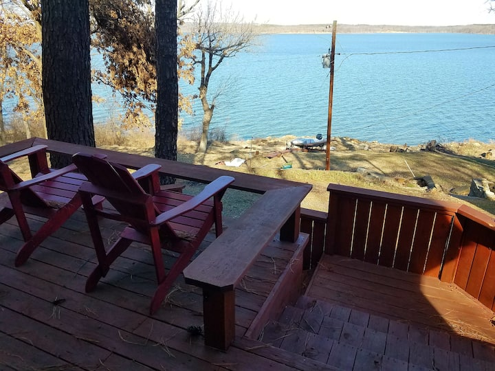 LakeFront Living!  Minutes from Tulsa!