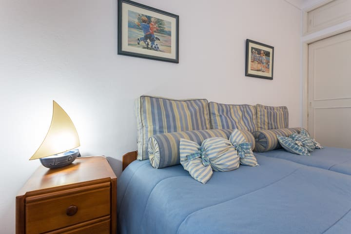 Private Twin room in old town of Albufeira