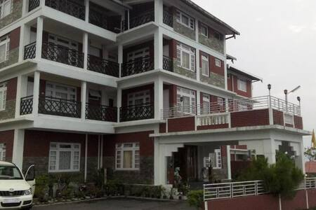 The Tashighang Resort rooms for rent - Pelling - Villa