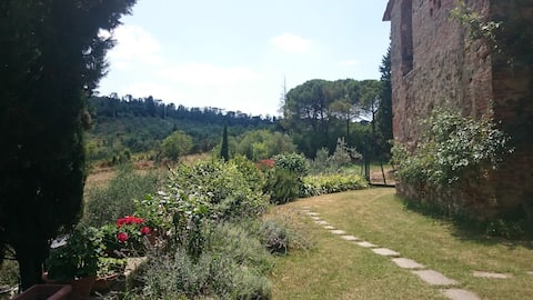 """Toscansk bjergparadis! """"La Stalla """" lejlighed."""