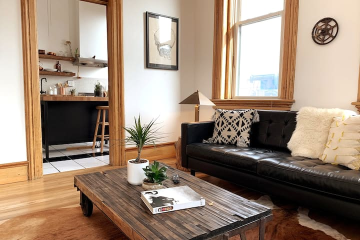 Historic Boutique Apartment in Heart of RiNo