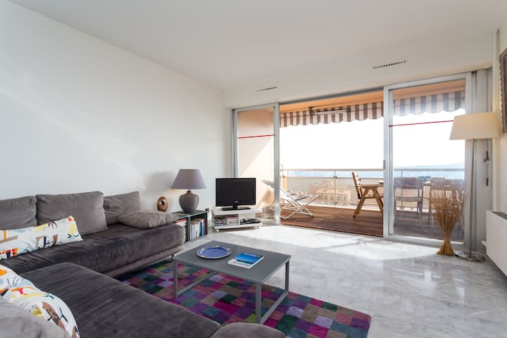 Contemporary 2 bedroom apartment  - Villefranche-sur-Mer - Appartement