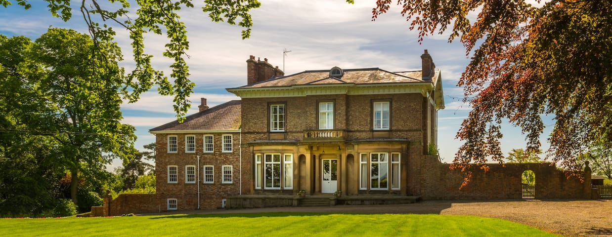 Stay in an Edwardian Mansion House
