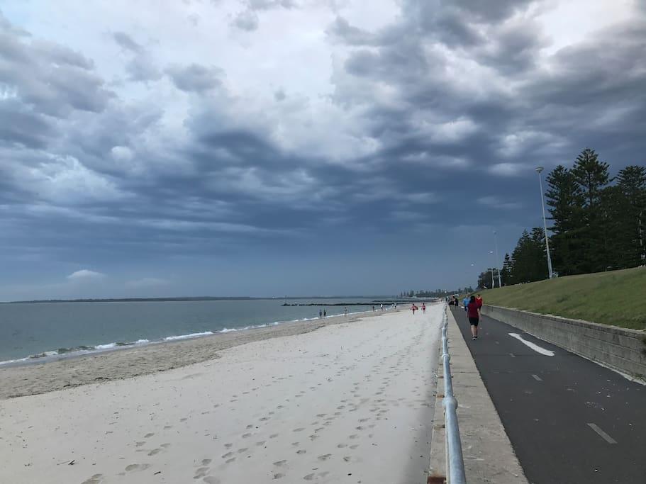 1分钟步行至海边