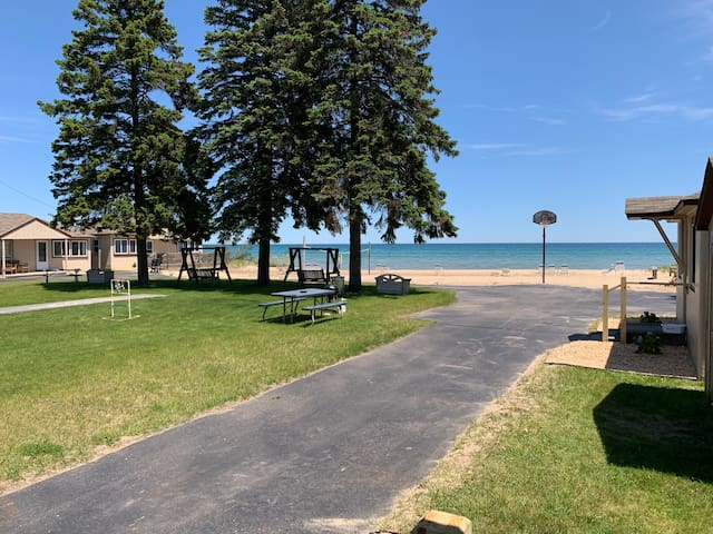 Lake Huron Resort · Private Beach Cottage No. 3