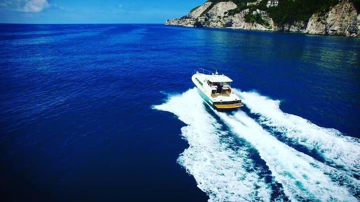 Amalfi Boat Rental