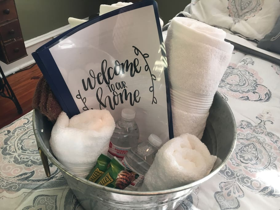 Welcome basket with water and snacks. Let us know if there's anything that would make your stay more comfortable