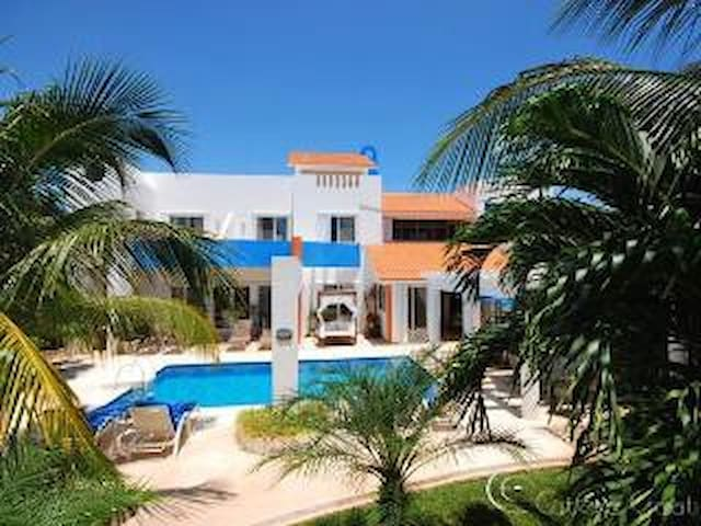 Casa Petite Azul