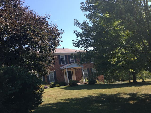 Virginia Country Home - Close to DC! - Haymarket - Ev