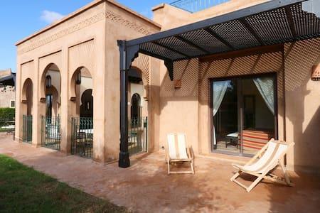 Villa de Standing à 20mn du centre - Marrakesh