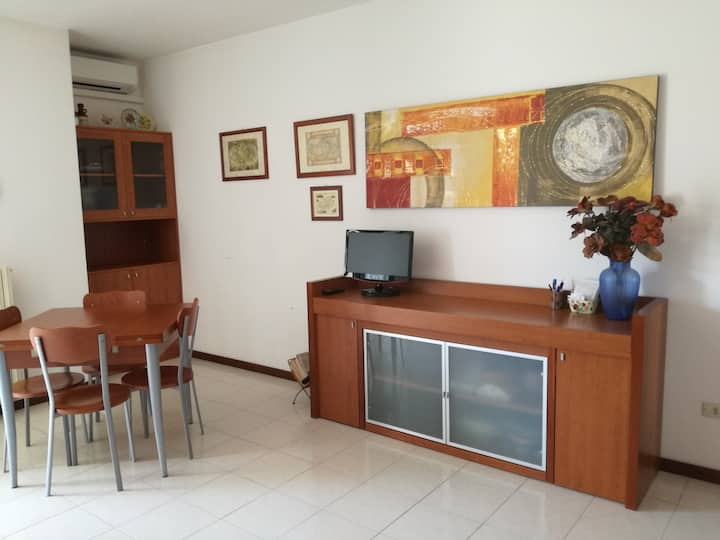 Otranto: central delightful three-room flat