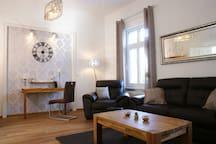 Wohnzimmer (25m²)