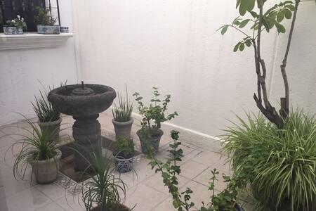 Cómoda habitación - Santiago de Querétaro