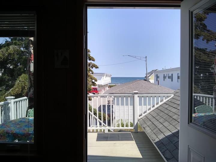 Two Bedroom Near Beach- Ocean View  Apt. 7