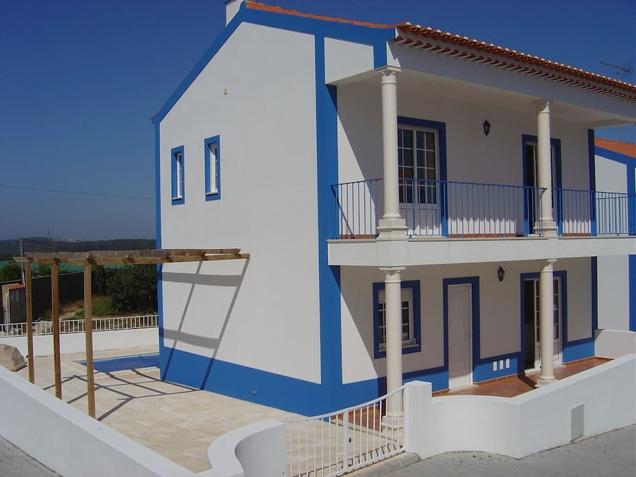 Beautiful Two Bedroom House With Pool Near Obidos Houses For Rent In Bidos Leiria Portugal