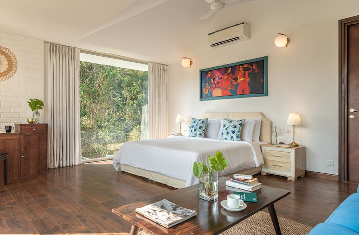 Master Bedroom - top floor