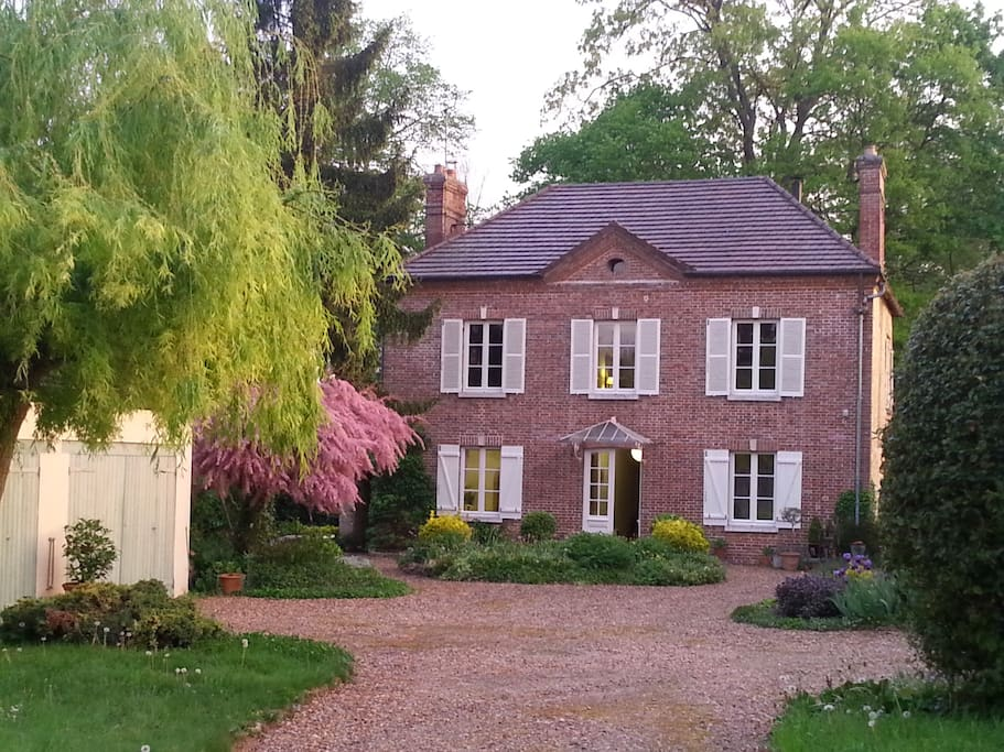Chambre d 39 h te de charme proche giverny guesthouse for rent in la chapelle r anville for Chambre dhotes luxe normandie