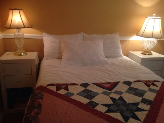For Ladies Only Cozy and Comfy Room, Winter Park