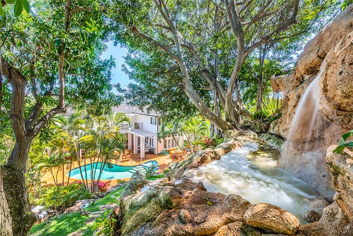 Paradise rental w/ private Pool&Spa and Waterfall - Honolulu - Huis