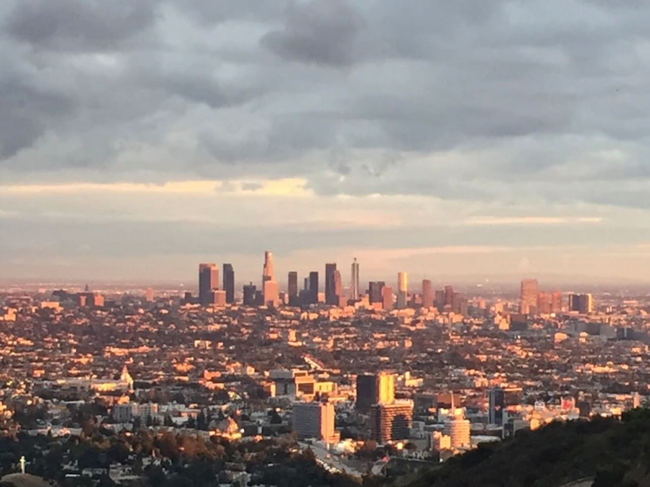 The neighborhood of the house - view from Runyon Canyon - a 5 MINUTE walk from Home.