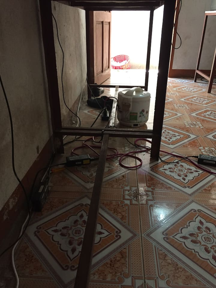 armoires de cuisine, climatiseur
