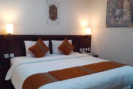 Amazing Koetaradja - Menteng - Bed & Breakfast