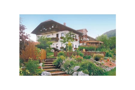 Holiday apartment with 2 bedrooms on 85m² in Ertl