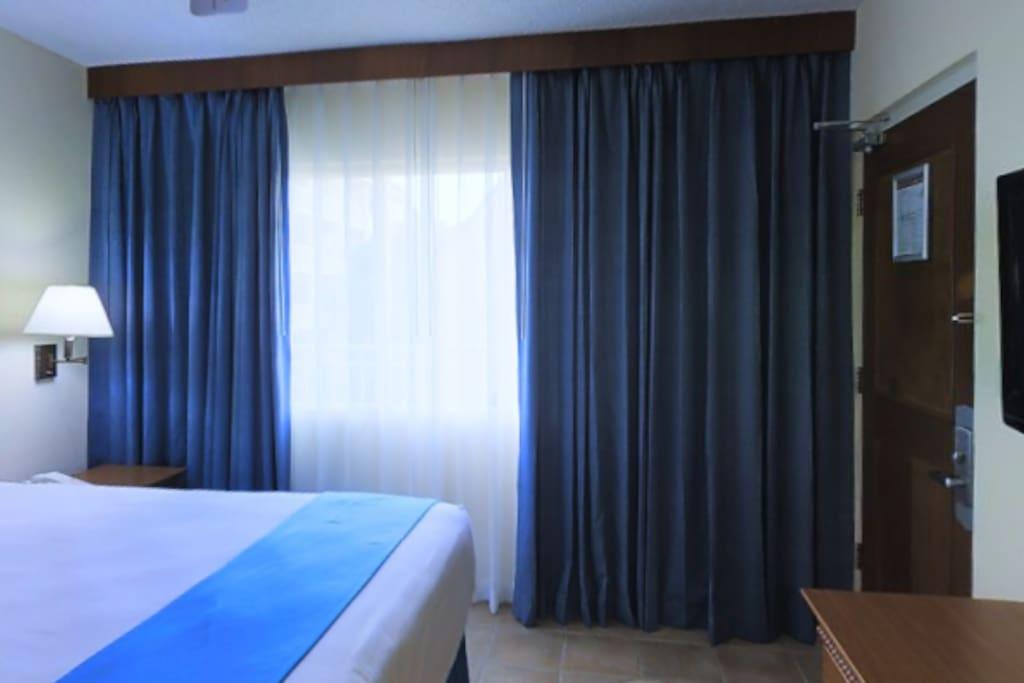 The Palm Down La Private Rooms
