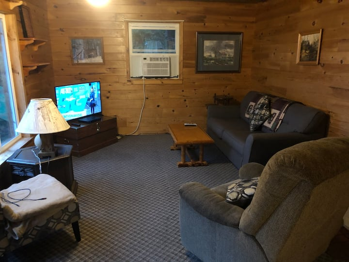 Pelican Lake Resort - Balsam Cabin