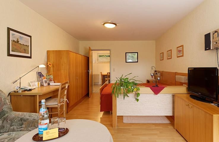 "1 Zimmer Apartment ""Corner"" inkl. Solemar Therme"