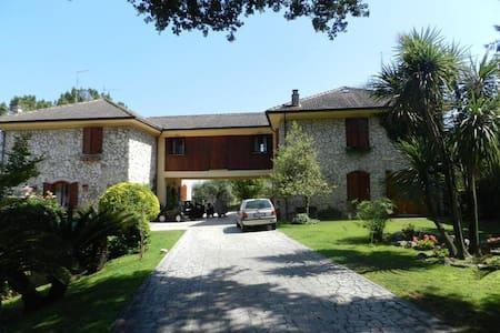 Country Villa in Rome - Santa Lucia