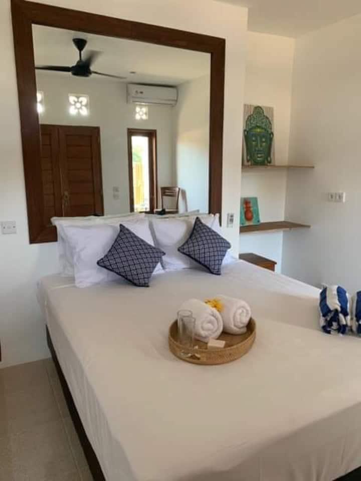 3 Monkeys Studio Apartment #2 Nusa Lembongan