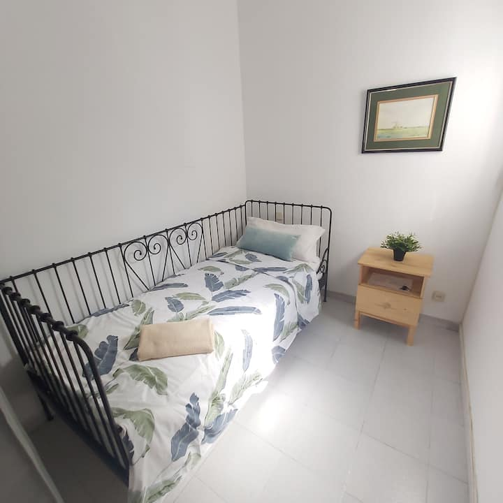 Bright apartment Barcelona Center
