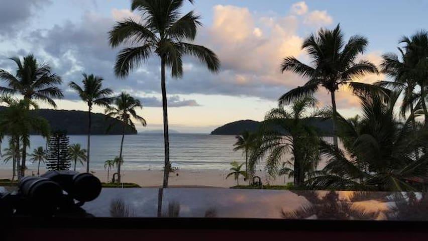 Apto frente para mar Cond. Costa Verde Tabatinga
