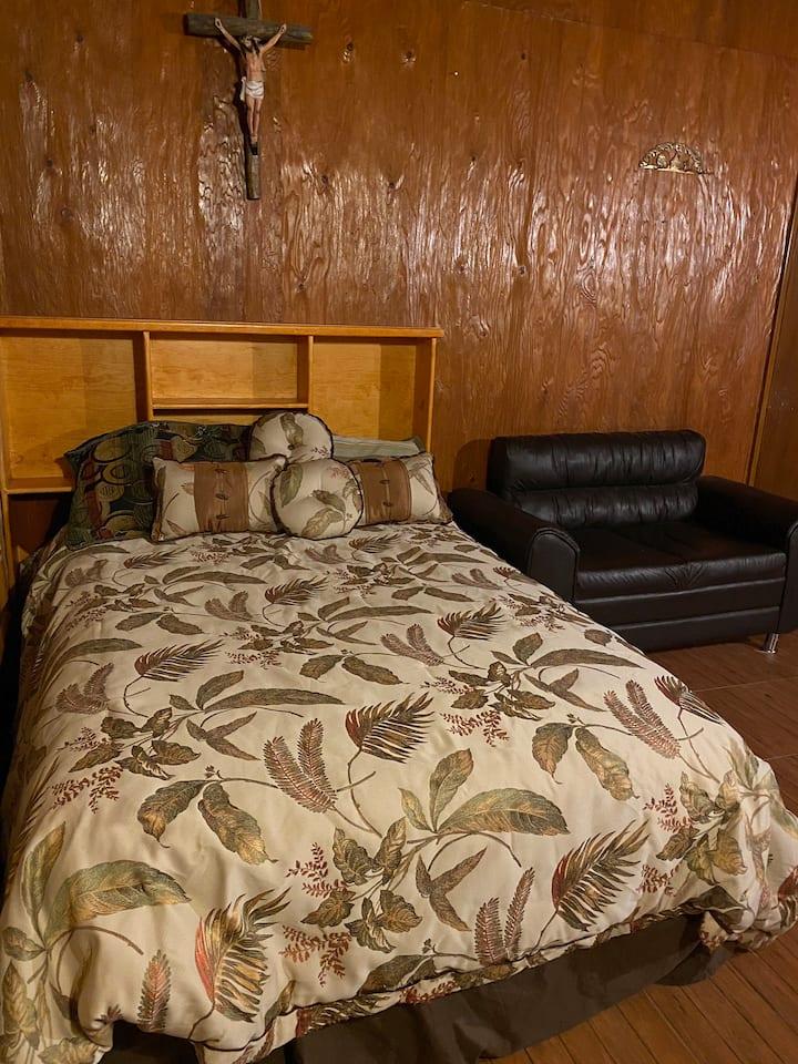 Private room in West El Paso