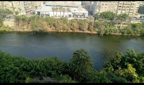 شقة تطل على النيل وترى قلعة صلاح الدين والمقطم