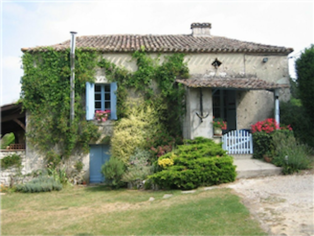Traditional Gite with Pool 2-5 + - Saint-Capraise-d'Eymet - House
