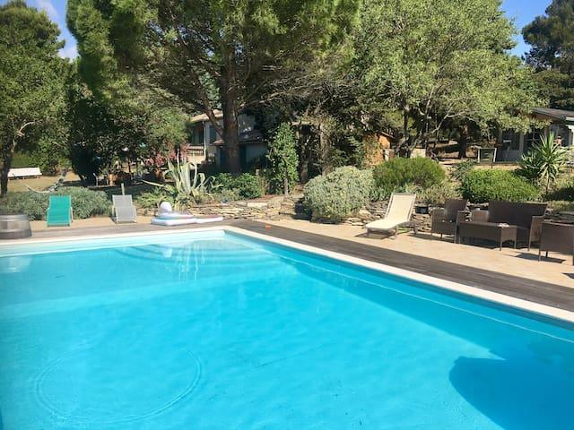 Maison 6P piscine -Petit paradis dans la pinède