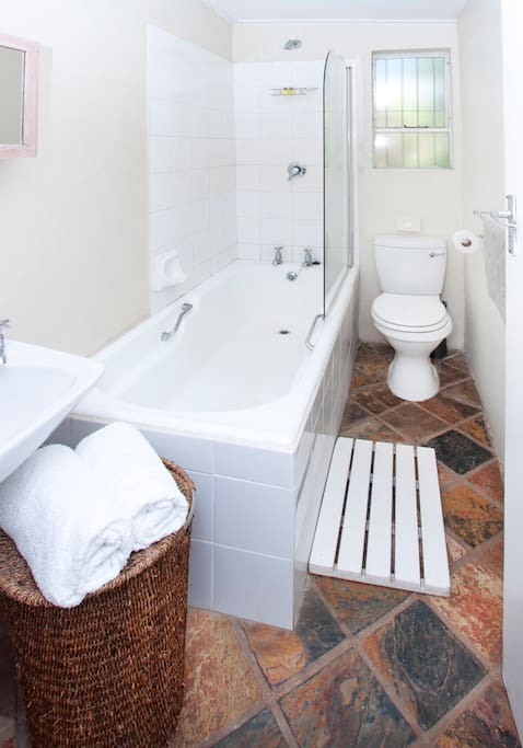 Garden Cottage Full Ensuite bathroom with bath and shower