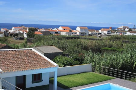 Great Villa near the beach + Pool - Mosteiros - Haus