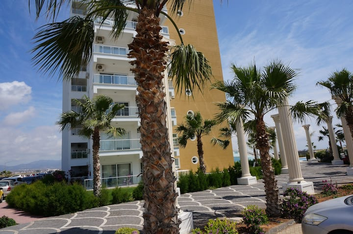 Caesar Resort/Flavius 8