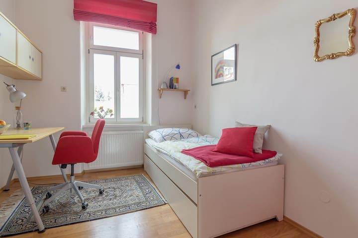 Gartenzimmer im Wandelhaus - Klagenfurt Zentrum