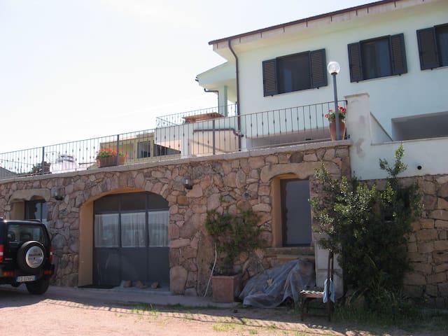 Monolocale vista mare Sardegna - La Paduledda - Maison