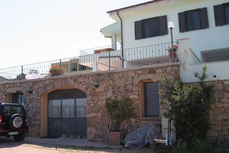 Monolocale vista mare Sardegna - La Paduledda - Rumah